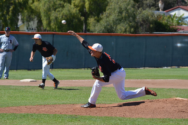 VC-Baseball_vs_Santa-Barbara_040913