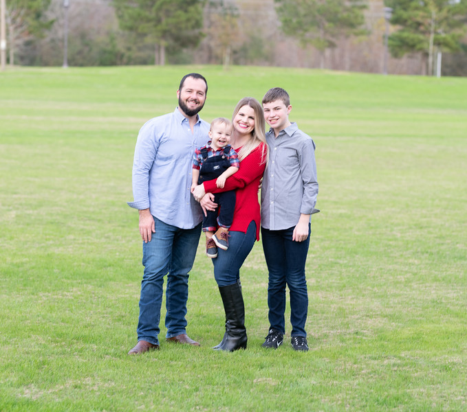 Clark and Steph Family -6044.jpg