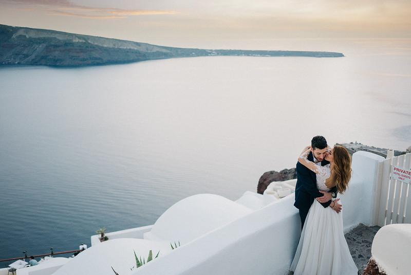 Tu-Nguyen-Wedding-Photography-Videography-Hochzeitsfotograaf-Engagement-Santorini-Oia-Greece-Thira-61.jpg