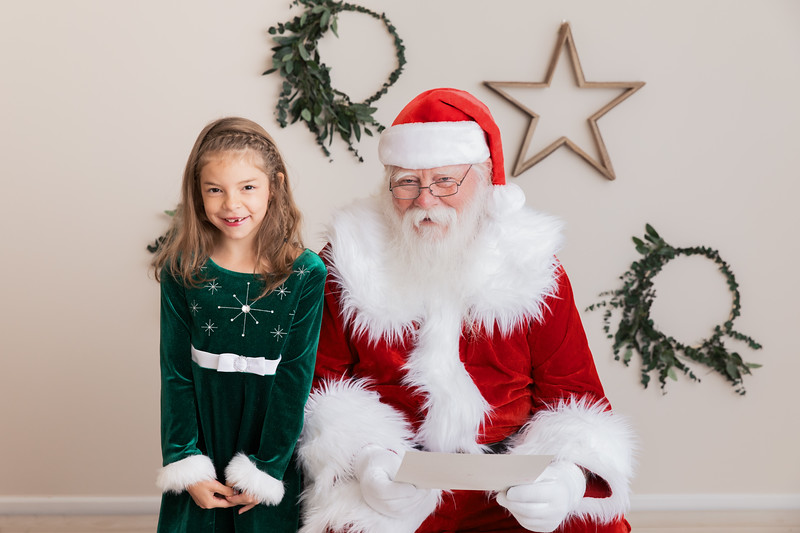 Santa 2017 HIGH Res 370A0998-Edit.jpg