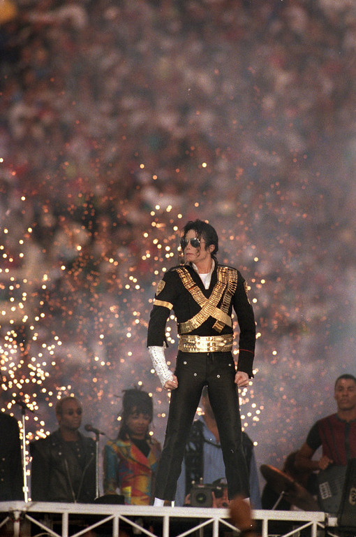 . Michael Jackson performs during the Halftime show as the Dallas Cowboys take on the Buffalo Bills in Super Bowl XXVII at Rose Bowl on January 31, 1993 in Pasadena, California. The Cowboys won 52-17. (Photo by George Rose/Getty Images)