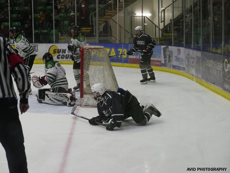 Midgert AAA Bowmark Oilers  vs Russia Dec23 (220).jpg