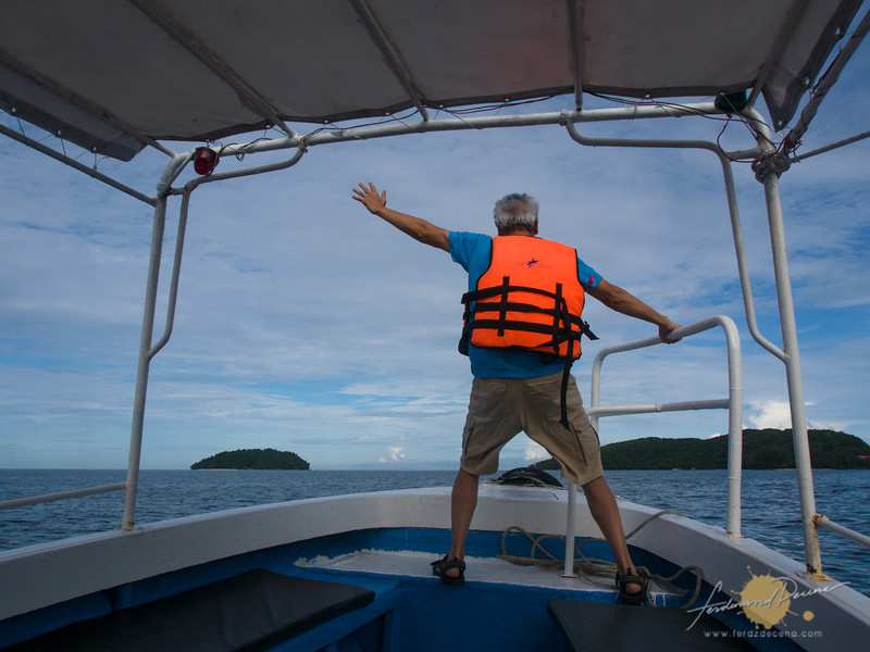Singer, song-writer sir Jim Paredes channeling Titanic on our speedboat to the islands