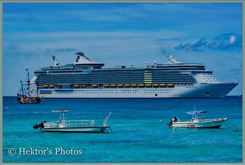 Cruise Ships-5.jpg