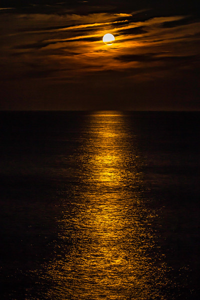 Moonrise over Gulf of Maine, as seen from Pemaquid Point