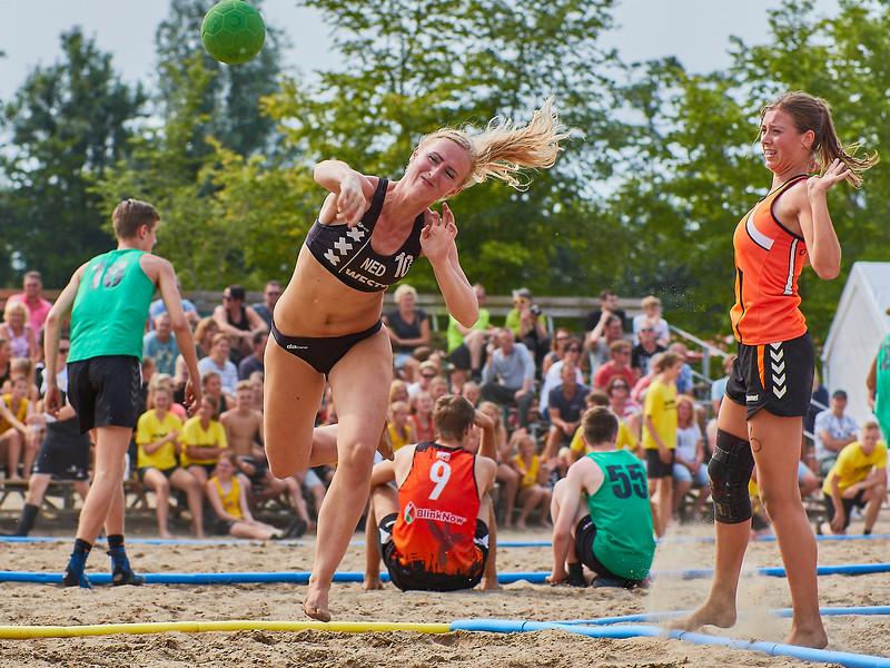 Molecaten NK Beach Handball 2017 dag 1 img 331.jpg