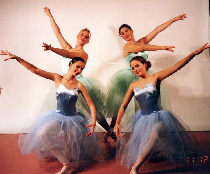 Dance_1090_a.jpg