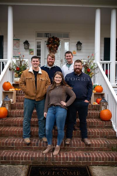 2019 November Ellis Family-169-183.jpg