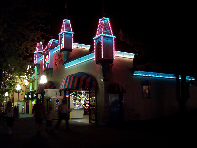 New Palace Arcade lighting.