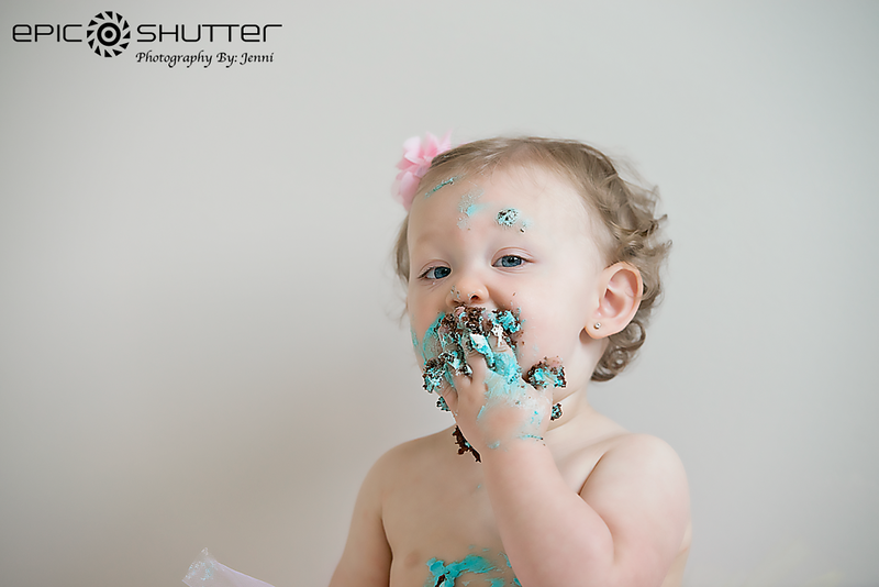 Annabelle's One Year Portraits, Childrens Portraits, In-Home Studio, Epic Shutter Photography