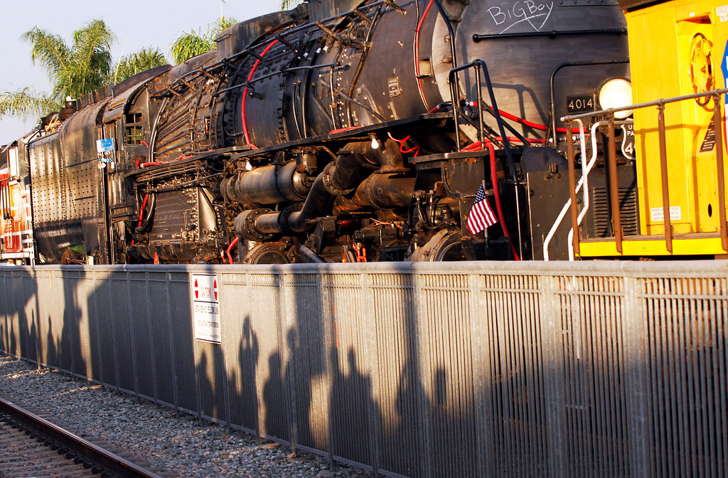 . People admire the historic Big Boy train, weighing 1,200,000 pounds, as it stopped at the Covina Metrolink Station for an hour on its way to Union Pacific\'s Heritage Fleet Operations headquarters in Cheyenne, Wyoming, at the Covina Metrolink Station in Covina, CA., Sunday, January 26, 2014. (Photo by James Carbone for the San Gabriel Valley Tribune)