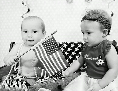 Ava and Payslee 4th of July