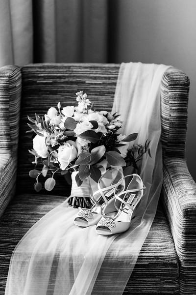 LINDSAY AND NIK - TYLER ARBORETUM WEDDING-85.jpg