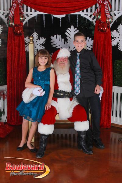Santa 12-17-16-288.jpg