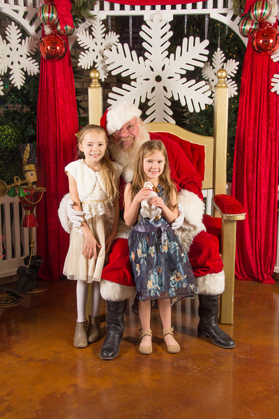 Santa 12-16-17-95.jpg