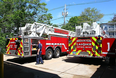 Brockton Ladder 1 - New Aerial going in service