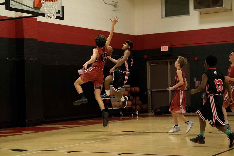 kwhipple_WWS_vs_Siena_basketball_20171206_131.jpg