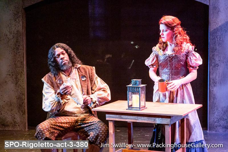 SPO-Rigoletto-act-3-380.jpg