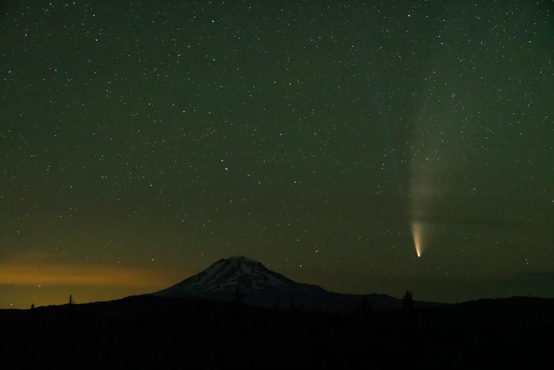 Comet 202007175_.jpg