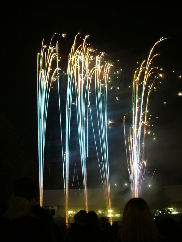 2004_1105putneyfireworks20067.JPG