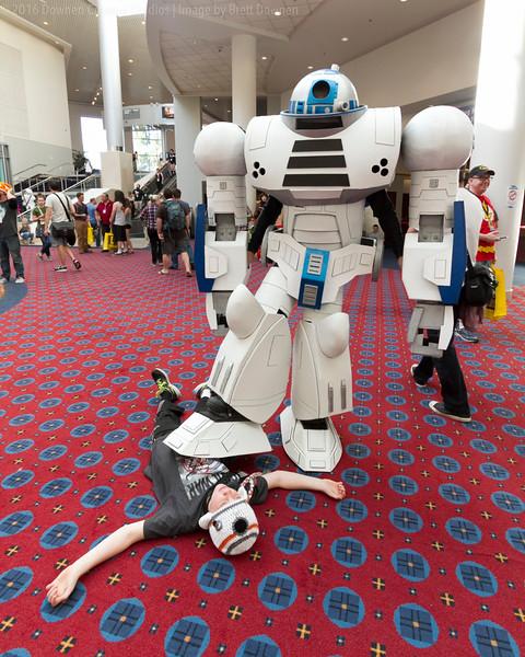 Zack Meets R2-1.jpg