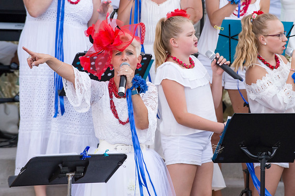 07/12/19 Wesley Bunnell | Staff Polish singers perform at the Holy Cross Bazaar on Friday July 12, 2019.