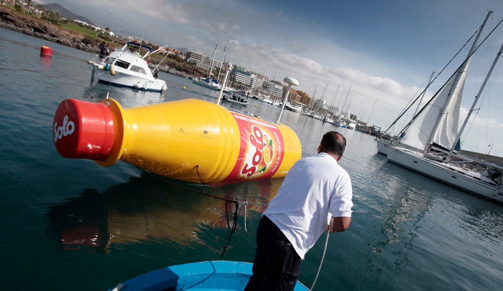 . The world\'s largest message-in-a-bottle is released to the ocean in Santa Cruz de Tenerife on March 13, 2013. The 8 meter long bottle, which contains a case of Norwegian soft orange drink and a 12 square meter letter, is equipped with navigation lights required for a drifting object in international waters, solar panels, satellite-communications, tracking technology and a custom camera.  DESIREE MARTIN/AFP/Getty Images