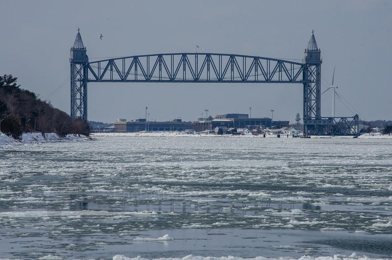 canal frozen.jpg