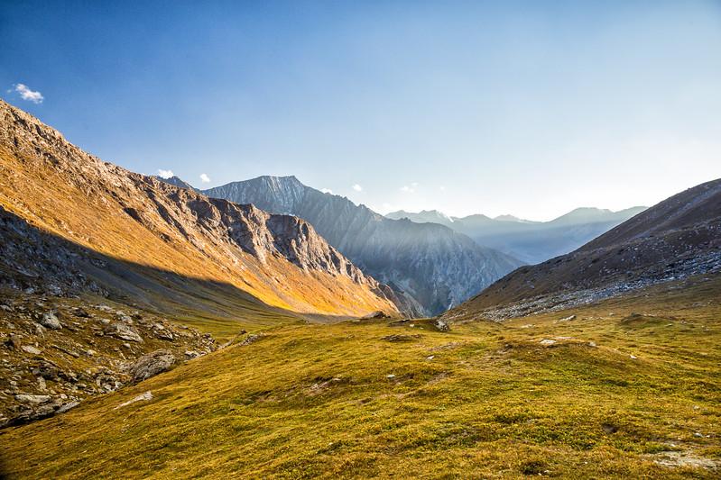 Hiking in Kyrgyzstan Chon' Kyzyl Suu