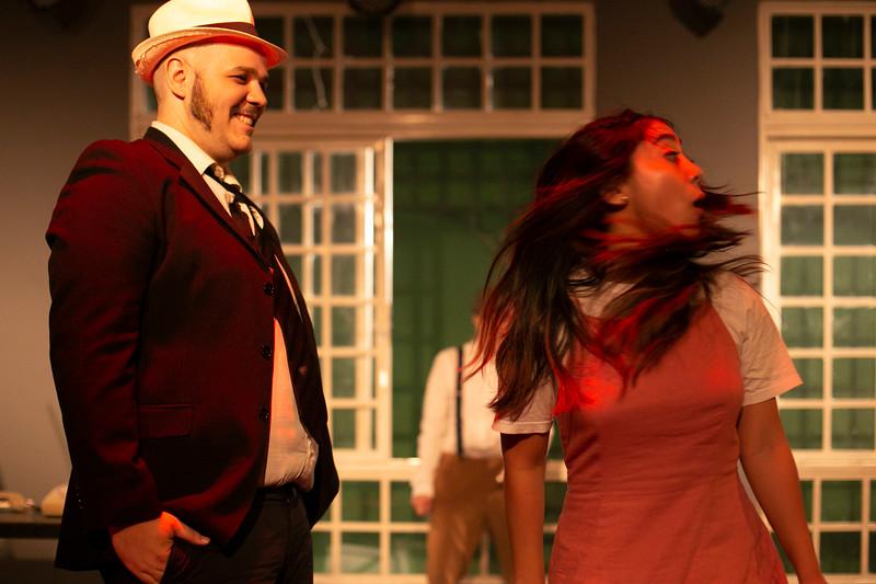 Allan Bravos - Celia Helena - O Beijo no Asfalto-1616.jpg