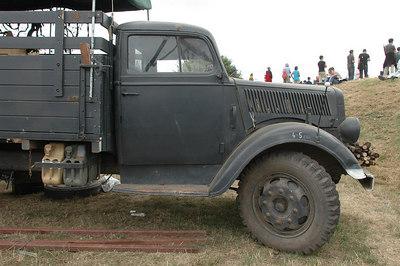 Opel Blitz - Grey