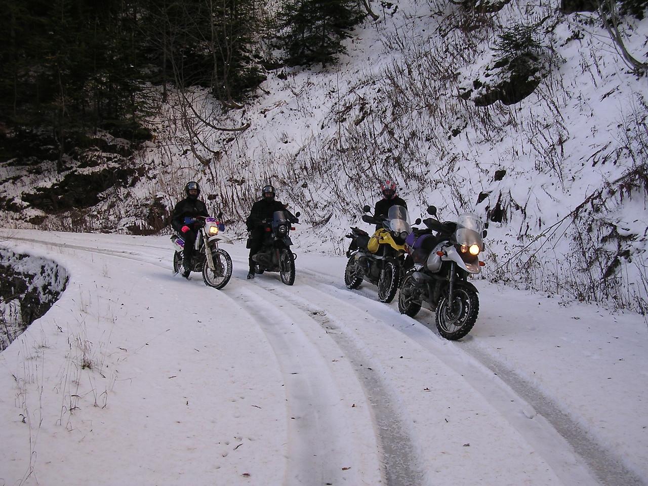 We reden VIER dagen over verse sneeuw en vielen geen enkele keer !!!