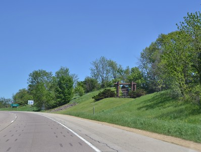 2019-05 Entering Wi. From Dubuque Ia.