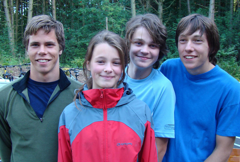 Nils Henrik, Astrid, Gard, Jone