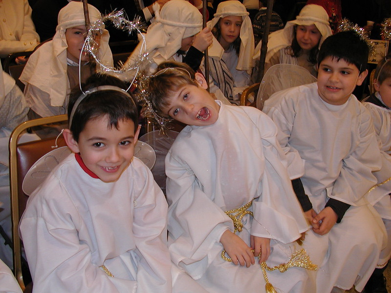 2002-12-21-HT-Christmas-Pageant_080.jpg