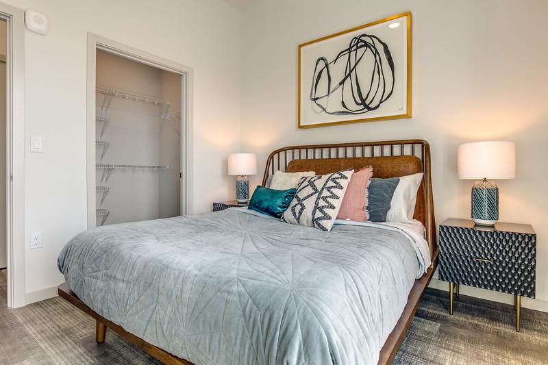 Model One Bedroom IMG_0027enfB.jpg
