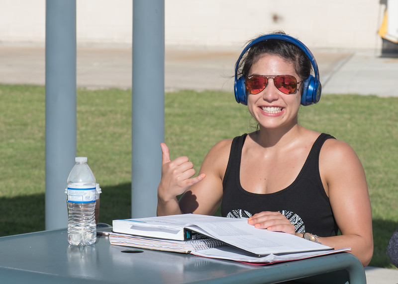 "Leanna DeLeon - ""Busy schedules, call for desperate measures. Sun and studying is the best combination. Go Ders!"""