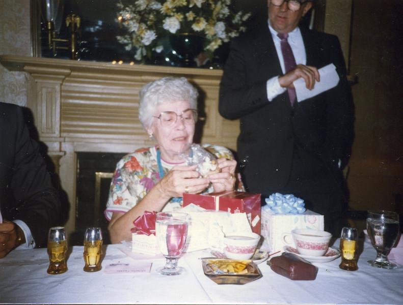 Grandma170.jpg