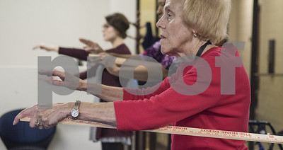 ut-tyler-improves-lives-of-peripheral-neuropathy-patients-through-tai-chi