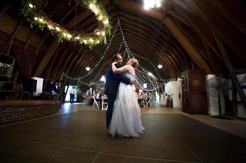Garrett & Lisa Wedding (581).jpg