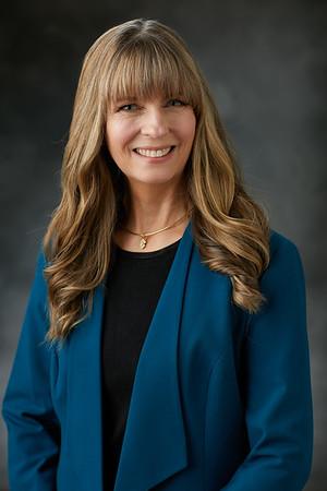 Dr. Christina  Leahy
