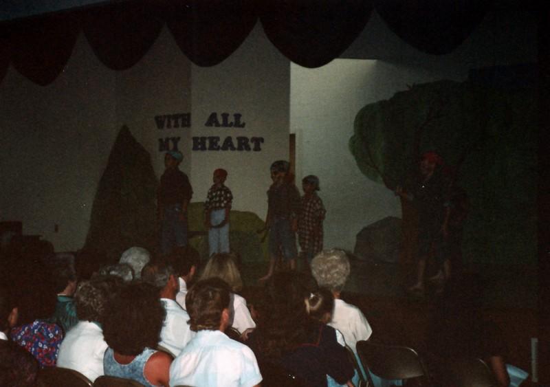 1991_Spring_Orlando_Amelia_birthday_some_TN_0004_a.jpg