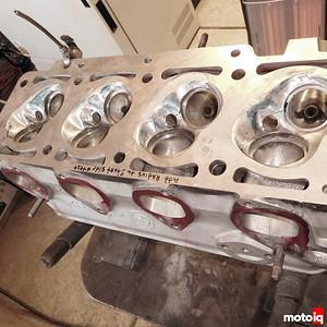 BMW 2002 head mods