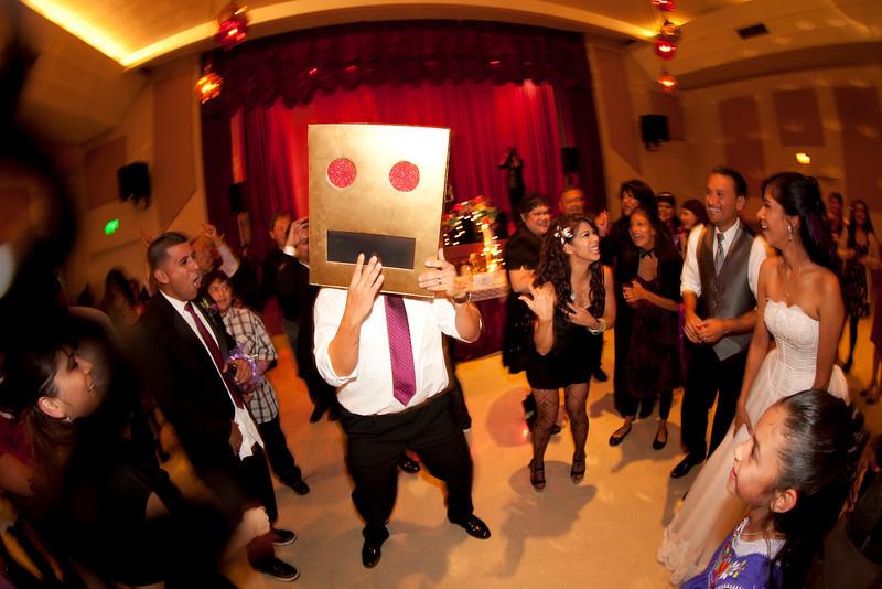 2011-11-11-Servante-Wedding-761.JPG