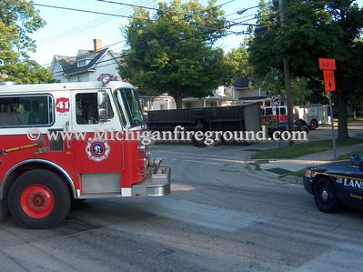 8/14/09 - Lansing rollover crash, Oakland & Seymour
