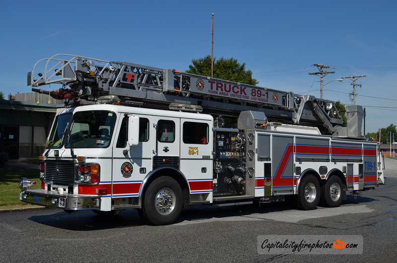 York Area United Fire & Rescue Truck 89-1: 2001 American LaFrance/LTI 2000/500 110'