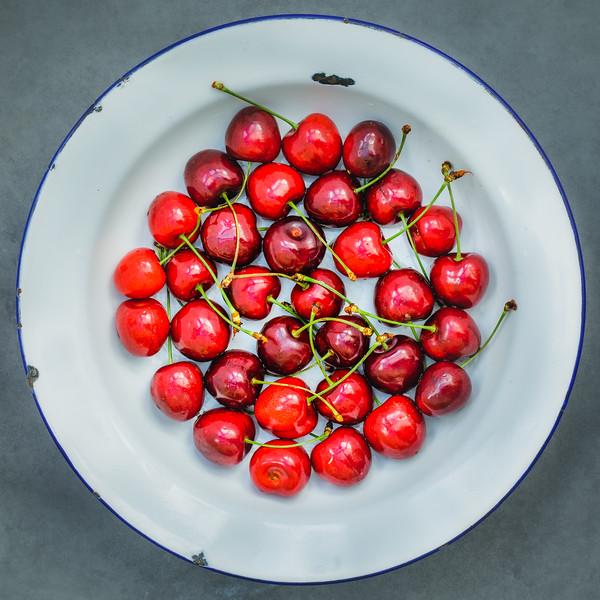 Cherry plate.jpg