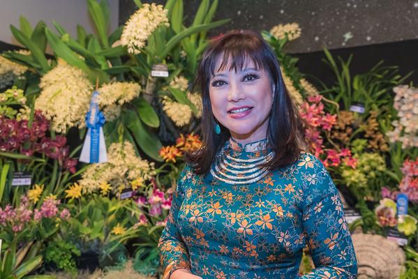 Hong Van Photos at Orchid Show