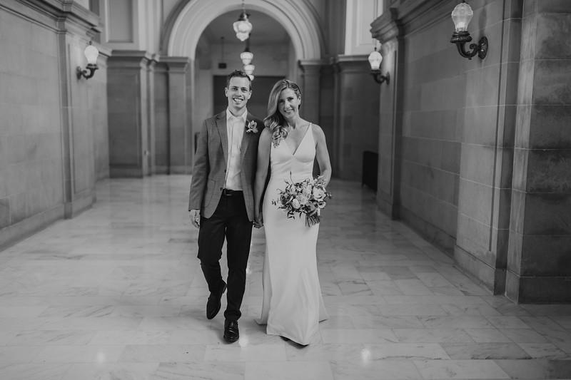 2018-10-04_ROEDER_EdMeredith_SFcityhall_Wedding_CARD1_0036.jpg