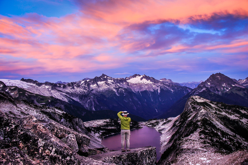 hidden-lake-man-sunset-mountains-pnw.jpg